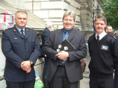 Snare Petition Delegates from the RSPCA and SSPCA with MP Ian Cawsley